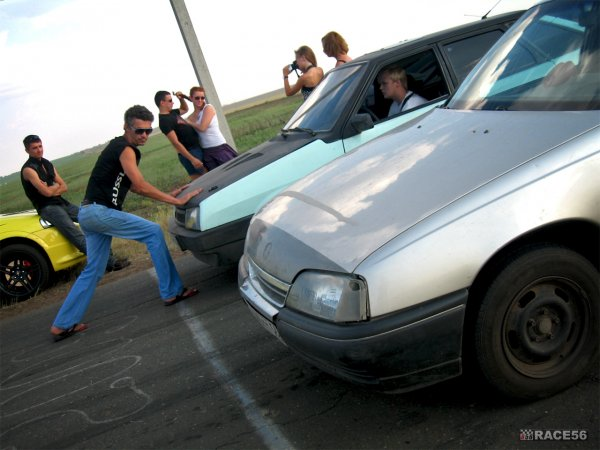 Нелегал drag racing недалеко от Оренбурга